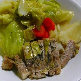 【開運レシピ】ポークとたくさんの野菜を蒸したひと皿!